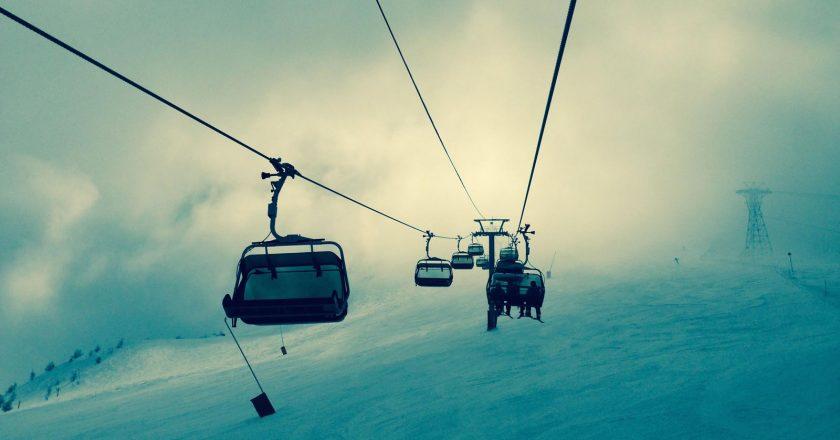 snow-mountains-winter-sport-xionia-teleferik-lift