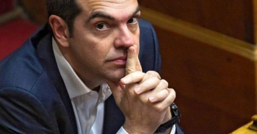 tsipras-sti-vouli-daxtylo-sti-myti