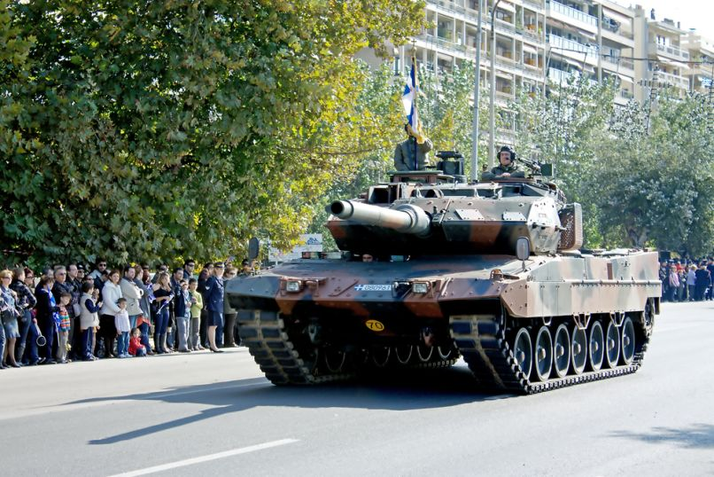parelasi-tank