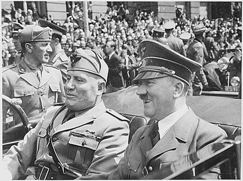 hitler-musolini-fasism-nazism-aspromavri