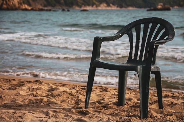 karekla-paralia-empty-adeia-thalassa-ammos-beach