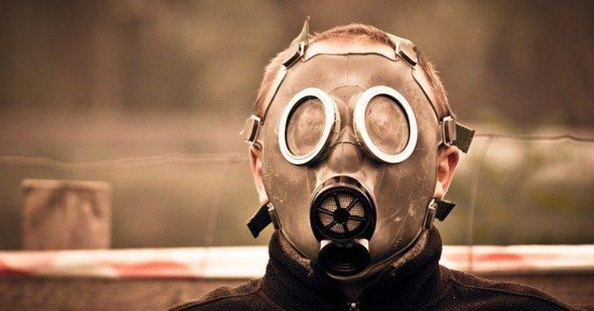maska-koronoios-corona-virus-polemos-gas-apocalypse-fallout