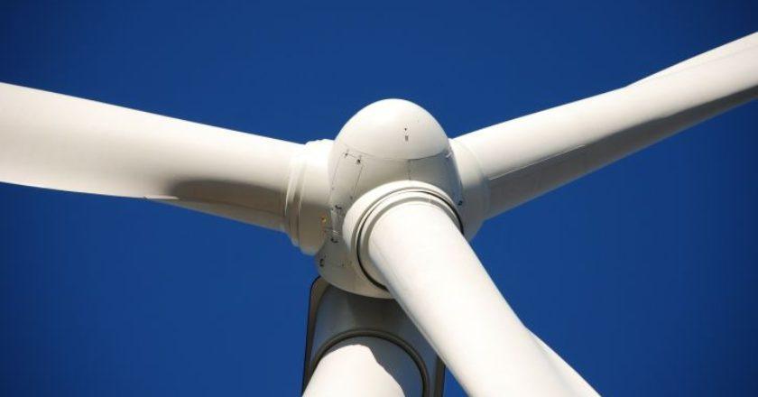 windmill-anemomylos-anemogennitria-energy-clean-perivallon