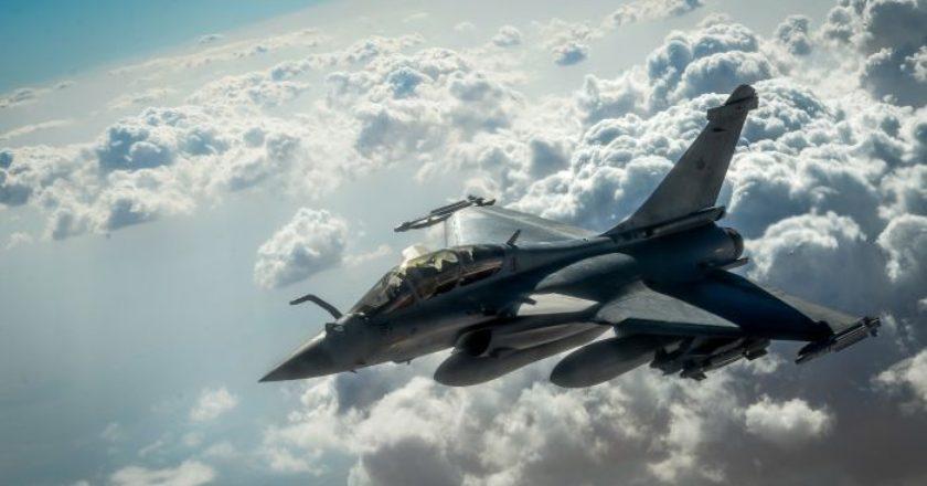 rafale-gallia-plane-war-aeroplano-polemiko-aeroporia