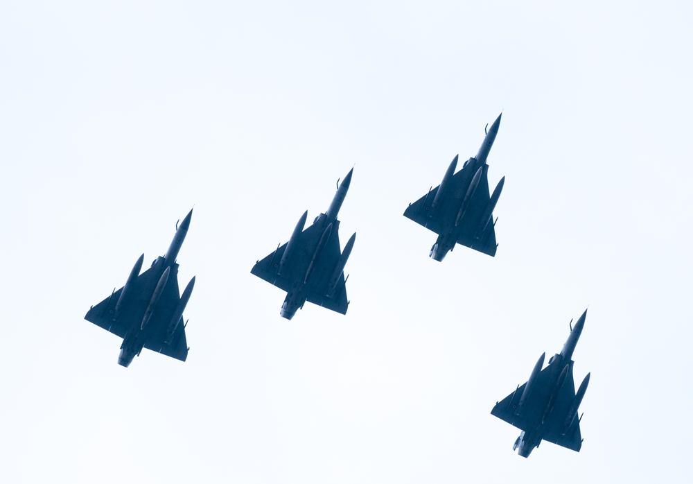 aeroplana-amyna-stratos