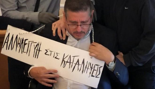 prytanis-opa-asoee-oikonomiko-panepistimio-fasismos-aristera-mpaxala