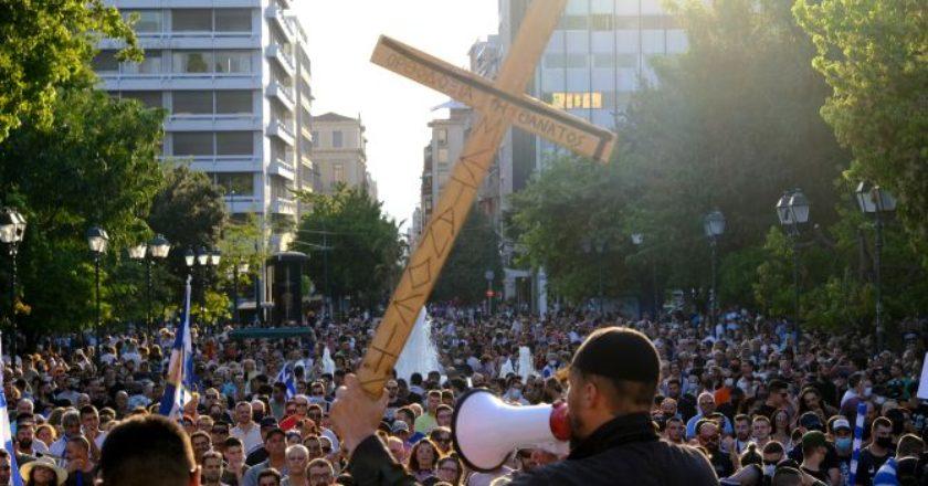antiemvoliastes-antivaxers-psekasmenoi-xristianoi-syntagma-sygkentrwsi-taliban
